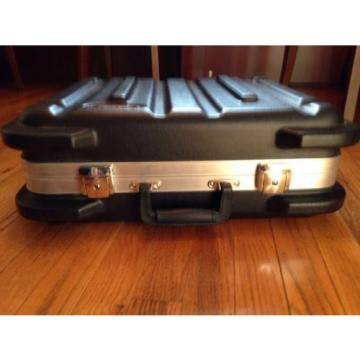 SKB SKB-1714 ATA Drum Machine Sequencer Case