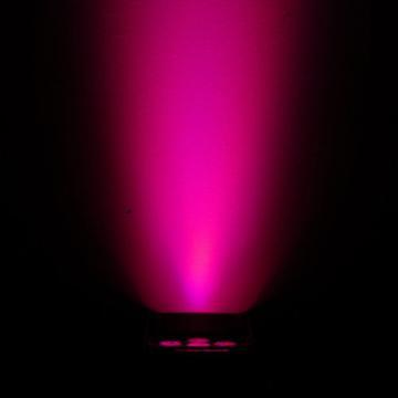 (6) Chauvet DJ Freedom Par Tri-6 D-Fi Wireless Rechargeable LED Pars w SKB Case
