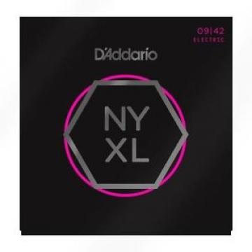 D'Addario NYXL0942 Nickel Wound Super Light 09-42