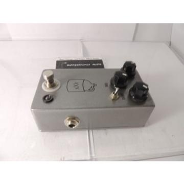 NEW OPEN BOX JHS MOONSHINE OVERDRIVE EFFECTS PEDAL w/BOX & MANUAL MINT
