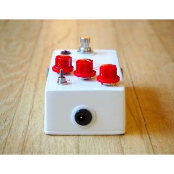JHS Pedals Crayon Distortion Electric Guitar Effects Pedal Colour Box Brand New