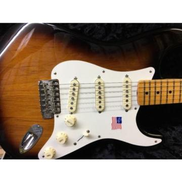 Fender Artist Series Eric Johnson Stratocaster Electric Guitar  2-Color Sunburst