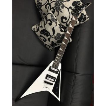 JACKSON JS-32 T WHBB Rhoads E-Gitarre