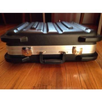 SKB SKB-1714 ATA Drum Machine Sequencer Case
