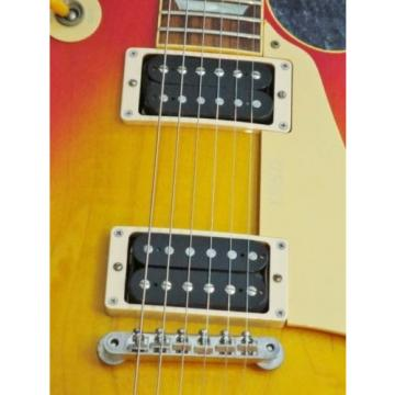 Gibson 1995 Les Paul Classic Electric guitar from japan