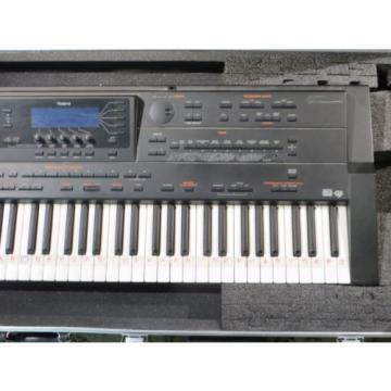 ROLAND G-800 64-Voice Arranger Workstation Synth/Keyboard/Piano w/ SKB roadcase