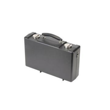 SKB Cases 1SKB-320 Clarinet Rectangular Case W/ Backplates & Perm Latches New