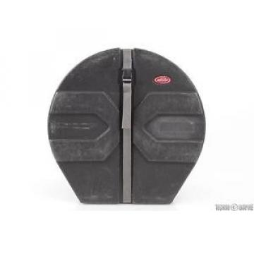 SKB 18x24 Roto-Molded Padded Bass Drum Case Plus 9-NEW Mixed Drum Heads #27114
