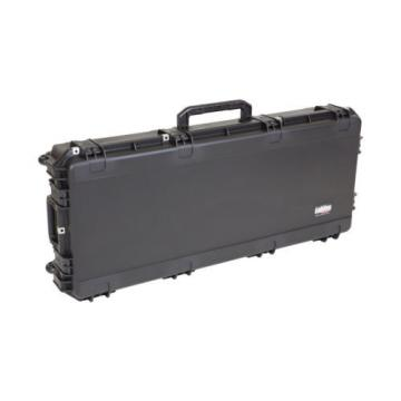 SKB iSERIES WATERPROOF ELECTRIC BASS GUITAR FLIGHT CASE ~ Fits Precision & Jazz