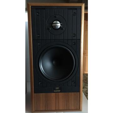 Celestion 100 Outstanding sound. Successor to Celestion SL6 Si. Light wood