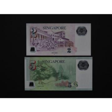SINGAPORE BANKNOTES  -  EXCELLENT SET OF TWO NOTES IN LOVELY MINT UNC